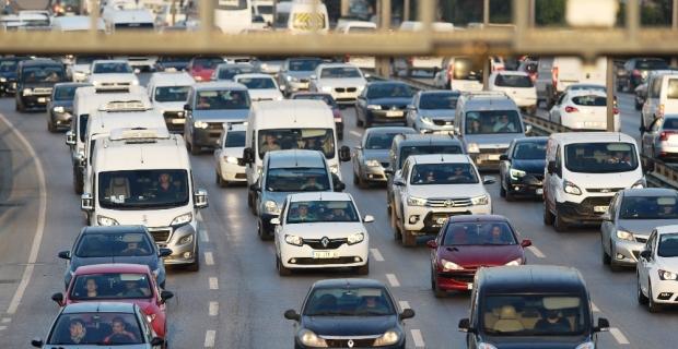 Türkiye'de trafiğe kaydı yapılan taşıt sayısı yüzde 3,1 arttı